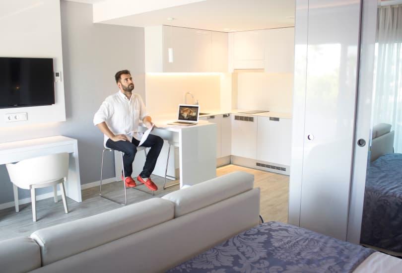 Bustper - furniture for stores